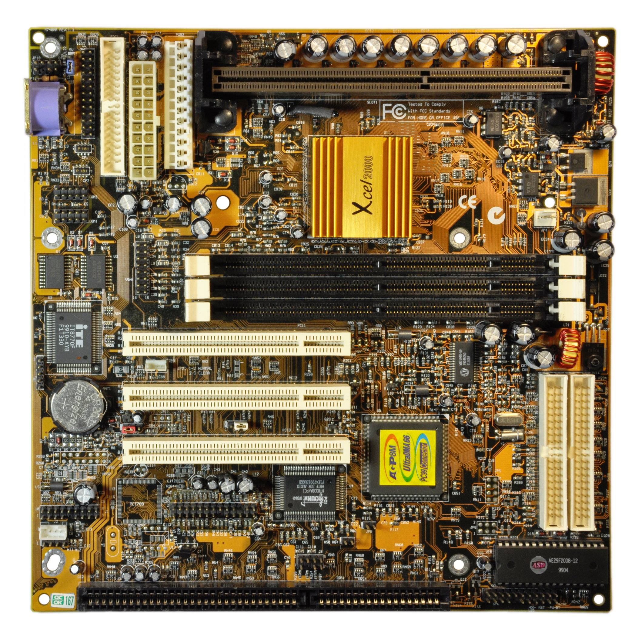 80.011-mobo_m748-front.jpg